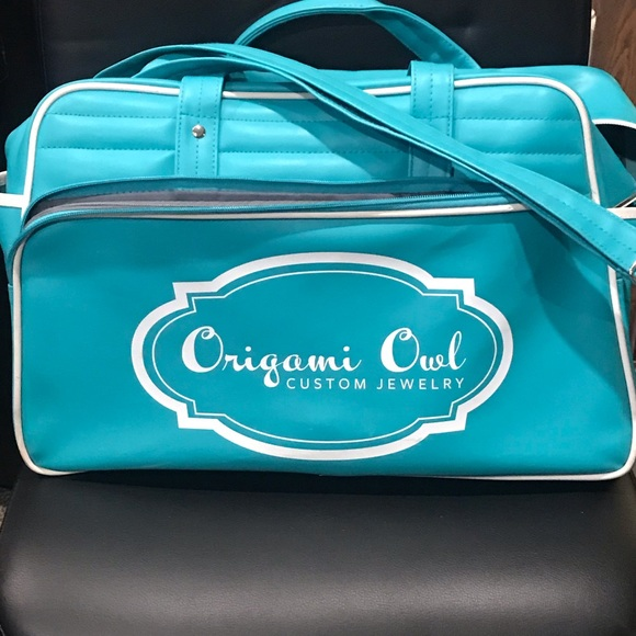 RARE Origami Owl faux leather weekend Bag